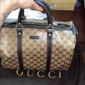 Gucci speedy bag 550 like new